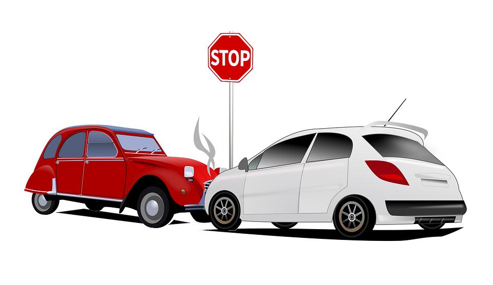 車で事故った!修理と乗り換えはどっちがお勧め?車の営業マンが語る査定額と保険の補償の重要性とは!