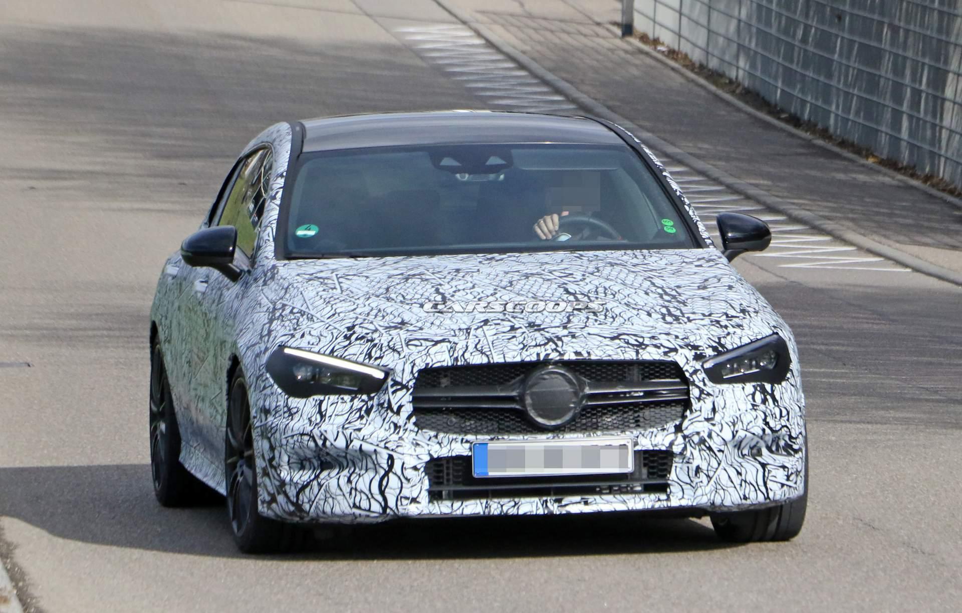 新型メルセデスAMG「CLA35」シューティングブレークが300馬力以上で発売予定!