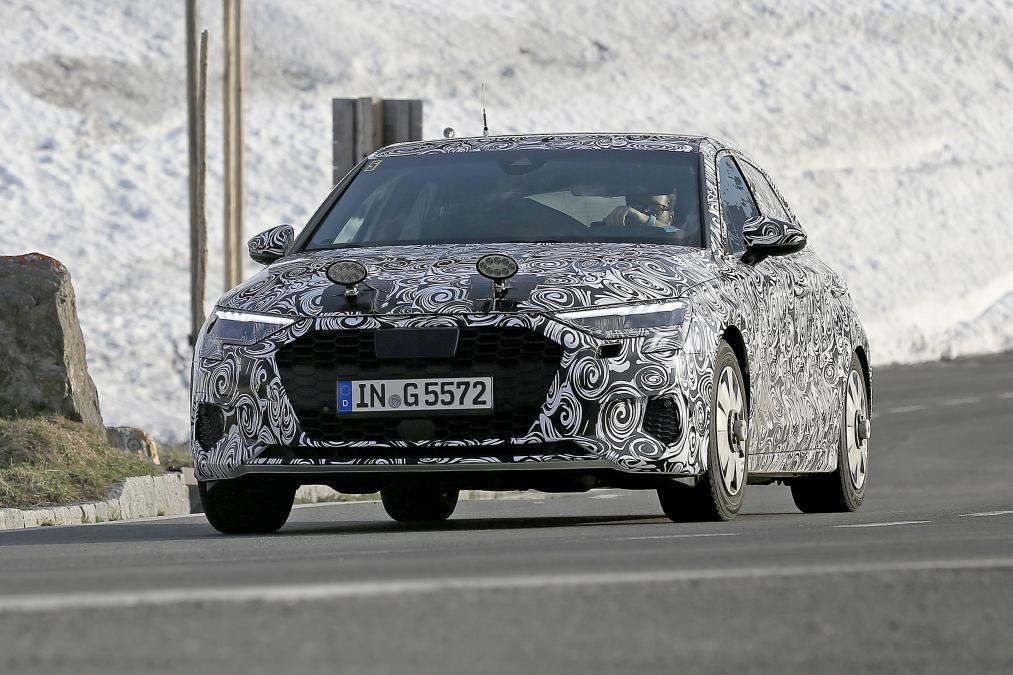 新型アウディA3に車高の高いクロスオーバーを設定する可能性が浮上!